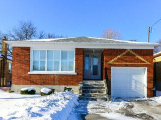 Photo 1: 42 Montvale Dr in Toronto: Cliffcrest Freehold for sale (Toronto E08)  : MLS®# E4017426