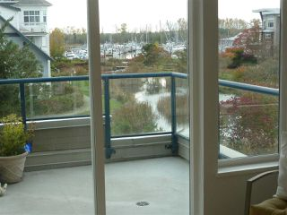 """Photo 10: 304 5800 ANDREWS Road in Richmond: Steveston South Condo for sale in """"Tje Villas at Southcove"""" : MLS®# R2241418"""