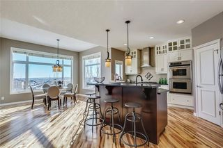 Photo 9: 148 SIENNA PARK Drive SW in Calgary: Signal Hill Detached for sale : MLS®# C4172348