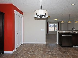 Photo 9: 223 EVANSTON Way NW in Calgary: Evanston House for sale : MLS®# C4178765