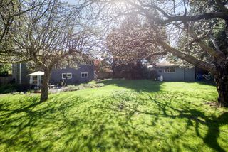 "Photo 21: 1155 BAYVIEW Drive in Delta: Tsawwassen Central House for sale in ""TSAWWASSEN CENTRAL"" (Tsawwassen)  : MLS®# R2260279"