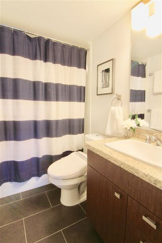 "Photo 12: 214 738 E 29TH Avenue in Vancouver: Fraser VE Condo for sale in ""CENTURY"" (Vancouver East)  : MLS®# R2270798"