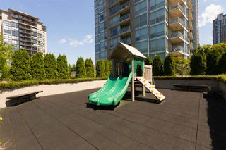 """Photo 18: 4203 2955 ATLANTIC Avenue in Coquitlam: North Coquitlam Condo for sale in """"THE OASIS BY ONNI"""" : MLS®# R2270947"""