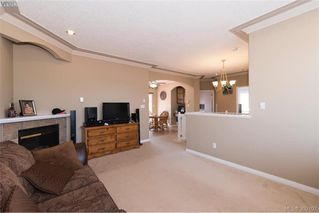 Photo 9: 459 Avery Crt in VICTORIA: La Thetis Heights Single Family Detached for sale (Langford)  : MLS®# 788269