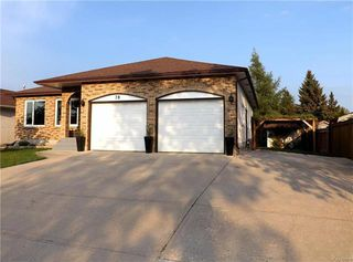 Photo 2: 78 Chornick Drive in Winnipeg: North Kildonan Residential for sale (3G)  : MLS®# 1814105