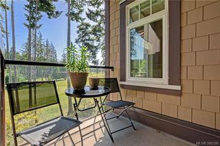Photo 2: 418 1395 Bear Mountain Parkway in VICTORIA: La Bear Mountain Condo Apartment for sale (Langford)  : MLS®# 392336