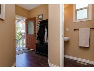 "Photo 2: 8 36169 LOWER SUMAS MTN Road in Abbotsford: Abbotsford East Townhouse for sale in ""Junction Creek"" : MLS®# R2283767"