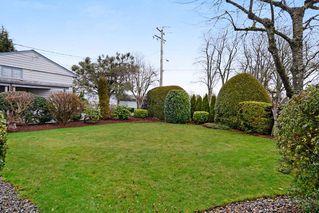 Photo 2: 4641 GARRY Street in Delta: Ladner Elementary House for sale (Ladner)  : MLS®# R2297891