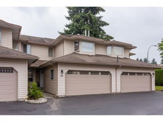 Photo 1: 25 12268 189A Street in Pitt Meadows: Central Meadows Townhouse for sale : MLS®# R2299824