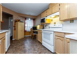Photo 5: 25 12268 189A Street in Pitt Meadows: Central Meadows Townhouse for sale : MLS®# R2299824