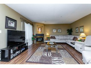Photo 9: 25 12268 189A Street in Pitt Meadows: Central Meadows Townhouse for sale : MLS®# R2299824