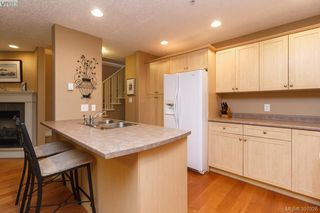 Photo 11: 6 199 Atkins Road in VICTORIA: VR Six Mile Townhouse for sale (View Royal)  : MLS®# 397926