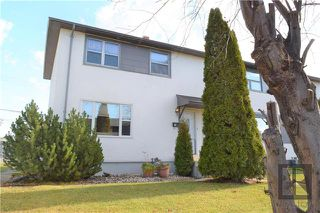 Photo 1: 12 Beaumont Bay in Winnipeg: West Fort Garry Residential for sale (1Jw)  : MLS®# 1828390