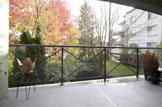 "Photo 15: 207 20110 MICHAUD Crescent in Langley: Langley City Condo for sale in ""Regency Terrace"" : MLS®# R2318136"