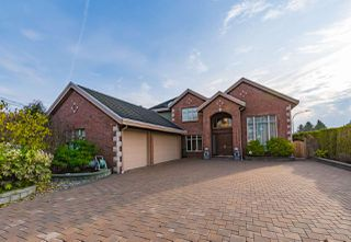 Main Photo: 4428 PENDLEBURY Road in Richmond: Boyd Park House for sale : MLS®# R2323695