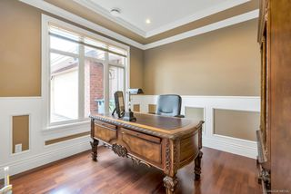 Photo 6: 4428 PENDLEBURY Road in Richmond: Boyd Park House for sale : MLS®# R2323695