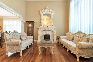 Photo 3: 4428 PENDLEBURY Road in Richmond: Boyd Park House for sale : MLS®# R2323695
