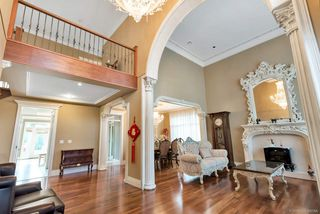 Photo 5: 4428 PENDLEBURY Road in Richmond: Boyd Park House for sale : MLS®# R2323695