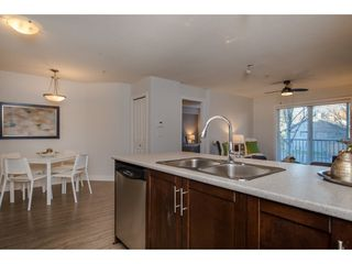 """Photo 4: 106 46150 BOLE Avenue in Chilliwack: Chilliwack N Yale-Well Condo for sale in """"NEWMARK"""" : MLS®# R2325582"""