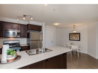 """Photo 13: 106 46150 BOLE Avenue in Chilliwack: Chilliwack N Yale-Well Condo for sale in """"NEWMARK"""" : MLS®# R2325582"""