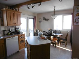 Photo 2: 4722 55 Avenue in Rimbey: RY Rimbey Residential for sale (Ponoka County)  : MLS®# CA0154351