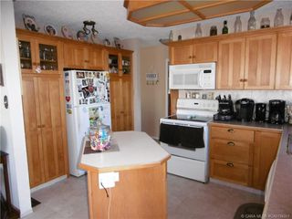Photo 3: 4722 55 Avenue in Rimbey: RY Rimbey Residential for sale (Ponoka County)  : MLS®# CA0154351