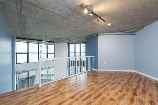 "Photo 11: 619 22 E CORDOVA Street in Vancouver: Downtown VE Condo for sale in ""Van Horne"" (Vancouver East)  : MLS®# R2334498"