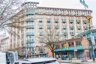 "Main Photo: 619 22 E CORDOVA Street in Vancouver: Downtown VE Condo for sale in ""Van Horne"" (Vancouver East)  : MLS®# R2334498"