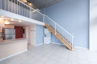"Photo 5: 619 22 E CORDOVA Street in Vancouver: Downtown VE Condo for sale in ""Van Horne"" (Vancouver East)  : MLS®# R2334498"