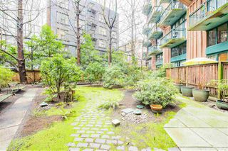 "Photo 37: 619 22 E CORDOVA Street in Vancouver: Downtown VE Condo for sale in ""Van Horne"" (Vancouver East)  : MLS®# R2334498"