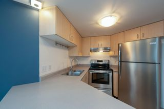 "Photo 8: 619 22 E CORDOVA Street in Vancouver: Downtown VE Condo for sale in ""Van Horne"" (Vancouver East)  : MLS®# R2334498"