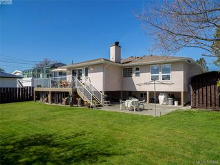 Photo 25: 3489 Henderson Rd in VICTORIA: OB Henderson House for sale (Oak Bay)  : MLS®# 805345