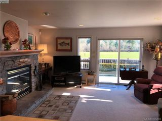 Photo 11: 3489 Henderson Rd in VICTORIA: OB Henderson House for sale (Oak Bay)  : MLS®# 805345