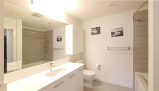 "Photo 9: 411 733 W 3RD Street in North Vancouver: Hamilton Condo for sale in ""The Shore"" : MLS®# R2348571"