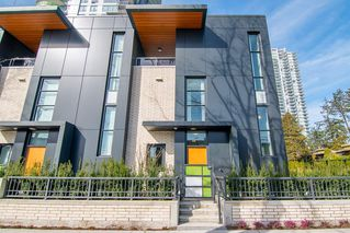 """Photo 1: 6601 MARLBOROUGH Avenue in Burnaby: Metrotown Townhouse for sale in """"MIDORI"""" (Burnaby South)  : MLS®# R2355425"""
