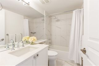"""Photo 14: 401 2071 W 42ND Avenue in Vancouver: Kerrisdale Condo for sale in """"THE LAUREATES"""" (Vancouver West)  : MLS®# R2358228"""