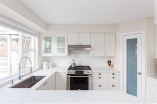 """Photo 9: 401 2071 W 42ND Avenue in Vancouver: Kerrisdale Condo for sale in """"THE LAUREATES"""" (Vancouver West)  : MLS®# R2358228"""