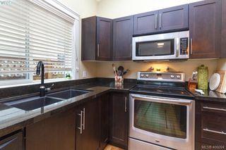 Photo 10: 3178 Kettle Creek Cres in VICTORIA: La Langford Lake Single Family Detached for sale (Langford)  : MLS®# 811032