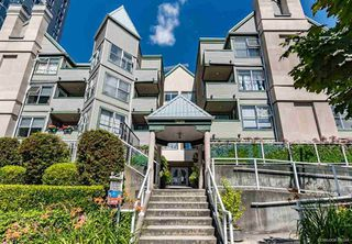 "Main Photo: 209 509 CARNARVON Street in New Westminster: Downtown NW Condo for sale in ""HILLSIDE PLACE"" : MLS®# R2361398"