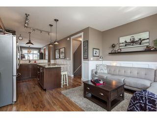 """Photo 10: 4 21661 88 Avenue in Langley: Walnut Grove Townhouse for sale in """"MONTERRA"""" : MLS®# R2362682"""