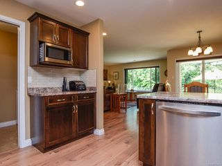 Photo 15: 2086 Lambert Dr in COURTENAY: CV Courtenay City House for sale (Comox Valley)  : MLS®# 813278