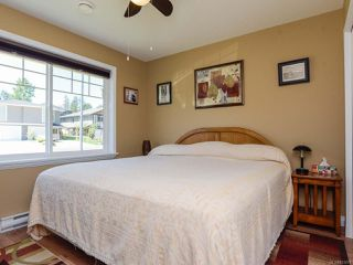 Photo 10: 2086 Lambert Dr in COURTENAY: CV Courtenay City House for sale (Comox Valley)  : MLS®# 813278