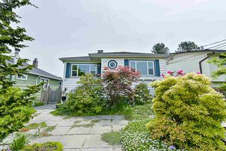 "Main Photo: 112 DURHAM Street in New Westminster: GlenBrooke North House for sale in ""Glenbrooke North"" : MLS®# R2369637"