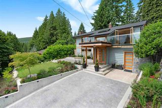 Photo 1: 1010 CLEMENTS Avenue in North Vancouver: Canyon Heights NV House for sale : MLS®# R2380587