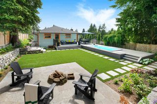 Photo 2: 1010 CLEMENTS Avenue in North Vancouver: Canyon Heights NV House for sale : MLS®# R2380587