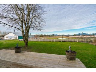 Photo 15: 21985 61 Avenue in Langley: Salmon River House for sale : MLS®# R2386569