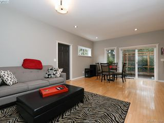 Photo 11: 3420 Persimmon Dr in VICTORIA: SE Maplewood House for sale (Saanich East)  : MLS®# 827405