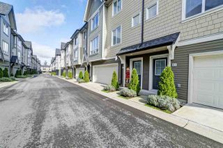 """Photo 14: 82 8138 204 Street in Langley: Willoughby Heights Townhouse for sale in """"Ashbury and Oak by Polygon"""" : MLS®# R2415255"""