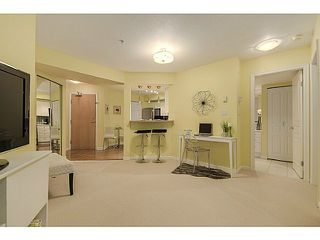 Photo 6: 112 2161 12TH Ave W in Vancouver West: Home for sale : MLS®# V1126859