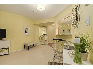 Photo 9: 112 2161 12TH Ave W in Vancouver West: Home for sale : MLS®# V1126859